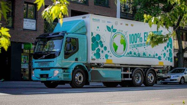 Un camion electric a fost testat în transportul de marfă în zonele urbane. Rezultatele au relevat ec