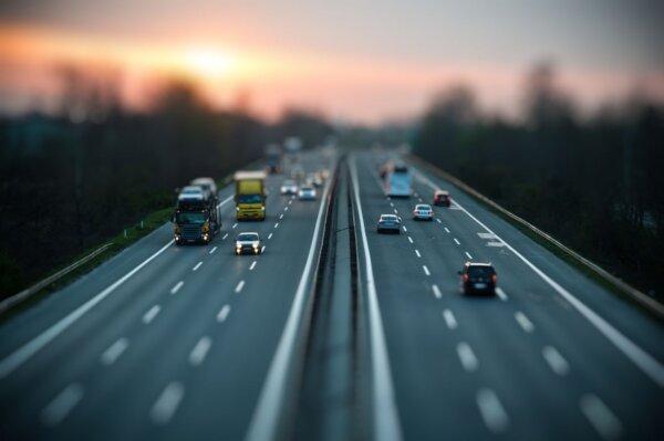 e-TOLL: 5 rzeczy, które musisz wiedzieć o nowy systemie opłat drogowych