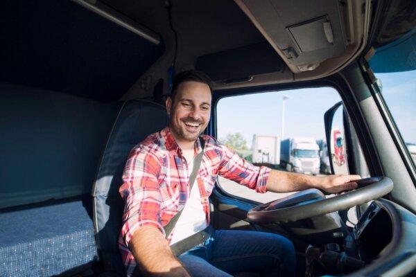 Vairuotojams pradėjo mokėti didžiulius atlyginimus. Taigi kodėl jie palieka įmones?