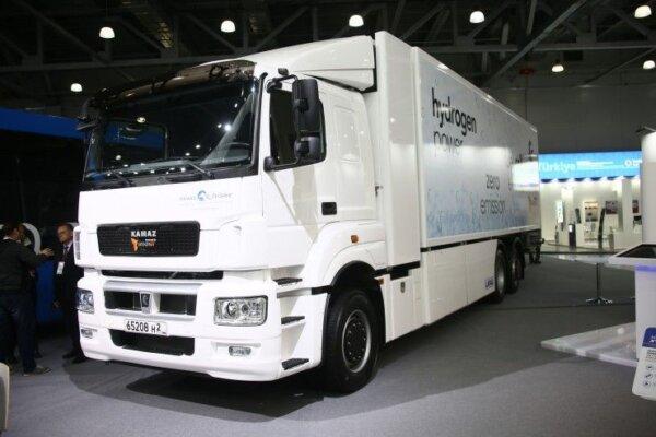 Водородный грузовик КАМАЗ-65208H2 на топливных элементах. Компания продемонстрировала первый прототи