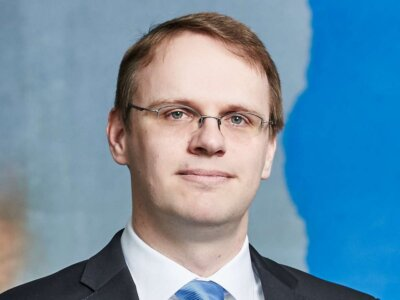 KLU-Professor Christian Barrot erläutert, wie sich das Interesse an Logistik- und Supply-Chain-Manag