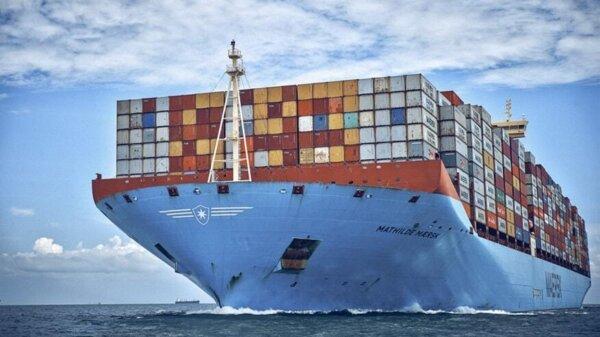 Logistyczny gigant usuwa spedytorów. Wkrótce będzie rozmawiał bezpośrednio z wysyłającymi ładunki