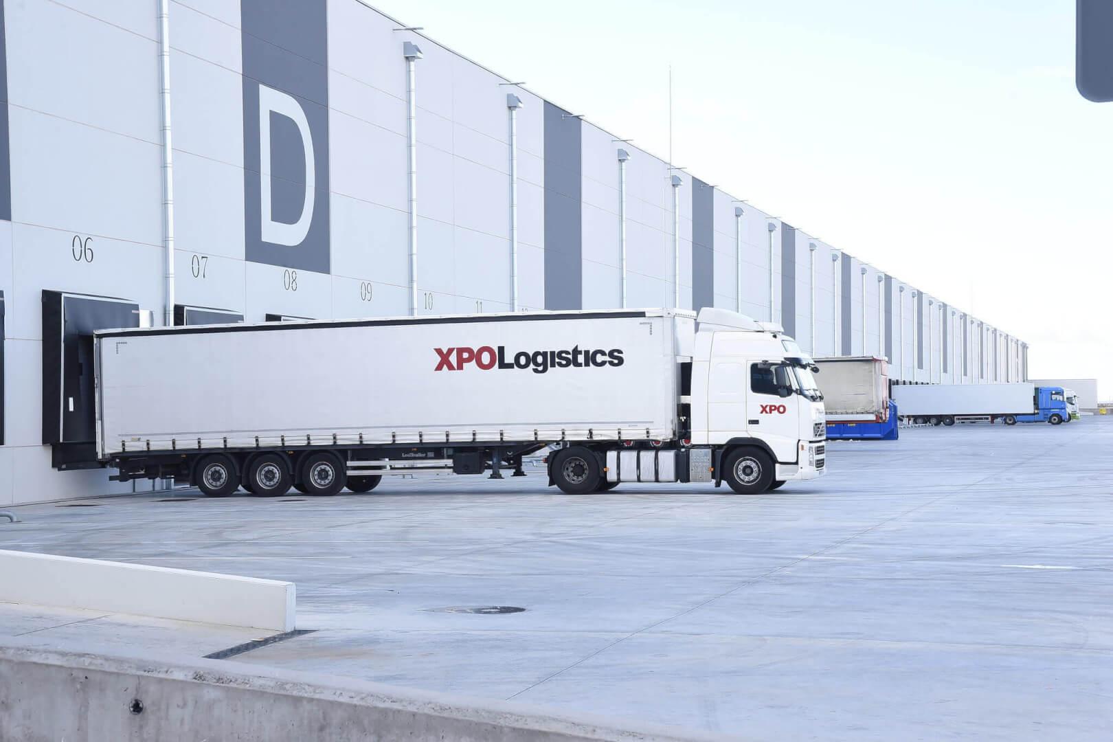 Logistikos milžinas prognozuoja, kad vairuotojų atlyginimai augs dviženkliais skaičiais