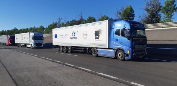 В Испании протестировали караван семи беспилотных грузовиков на шоссе