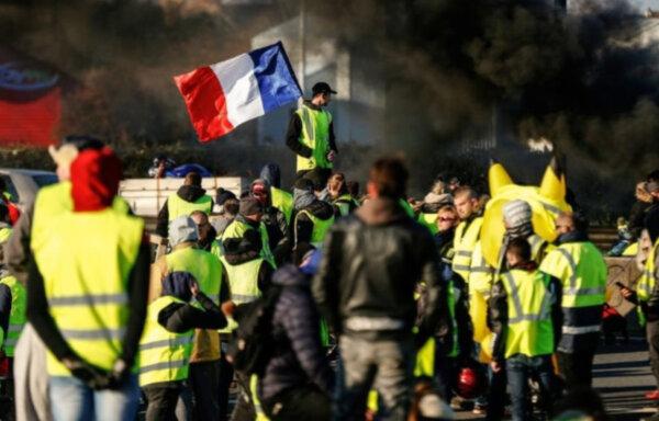 «Желтые жилеты» вернулись на французские дороги. Означает ли это повторение событий, происшедших нес