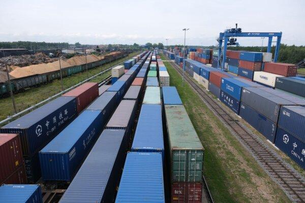 Контейнерные перевозки на евразийском пространстве в первом полугодии 2021 увеличились на 50 проц.