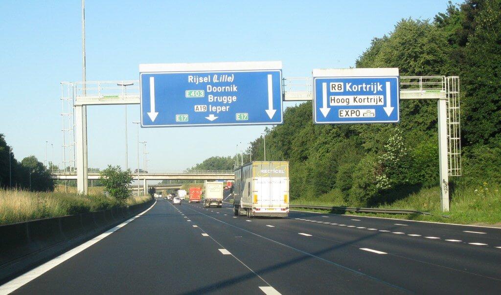 Belgian haulage organisation sounds driver shortage warning as strike hits supermarkets