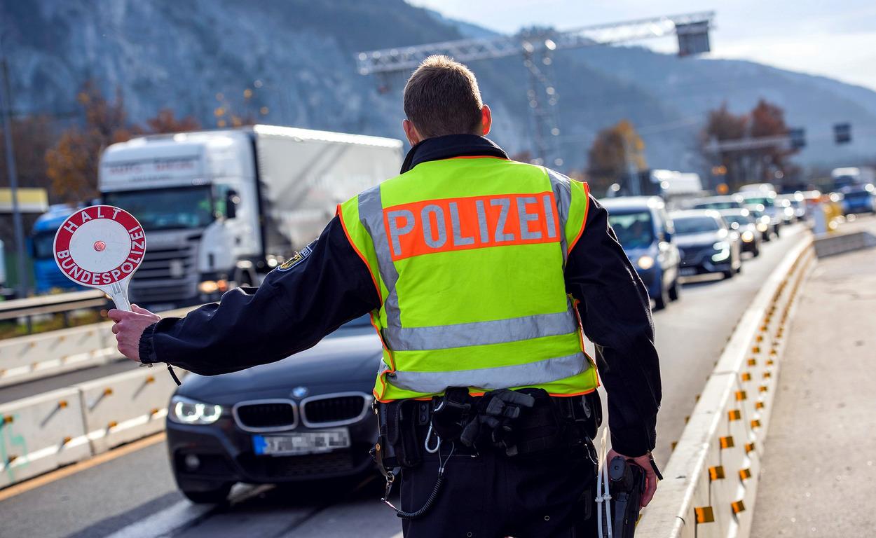 Vokietijoje įsigaliojo griežtesnės baudos vairuotojams