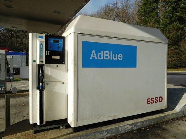 W Europie staje produkcja AdBlue. A w Polsce? Szykuje się gigantyczna podwyżka cen i to już niebawem