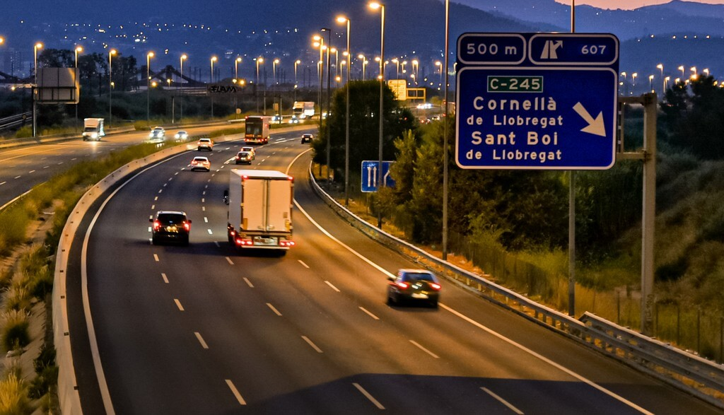 Spain implements fines up to €6,000 for late road transport payments