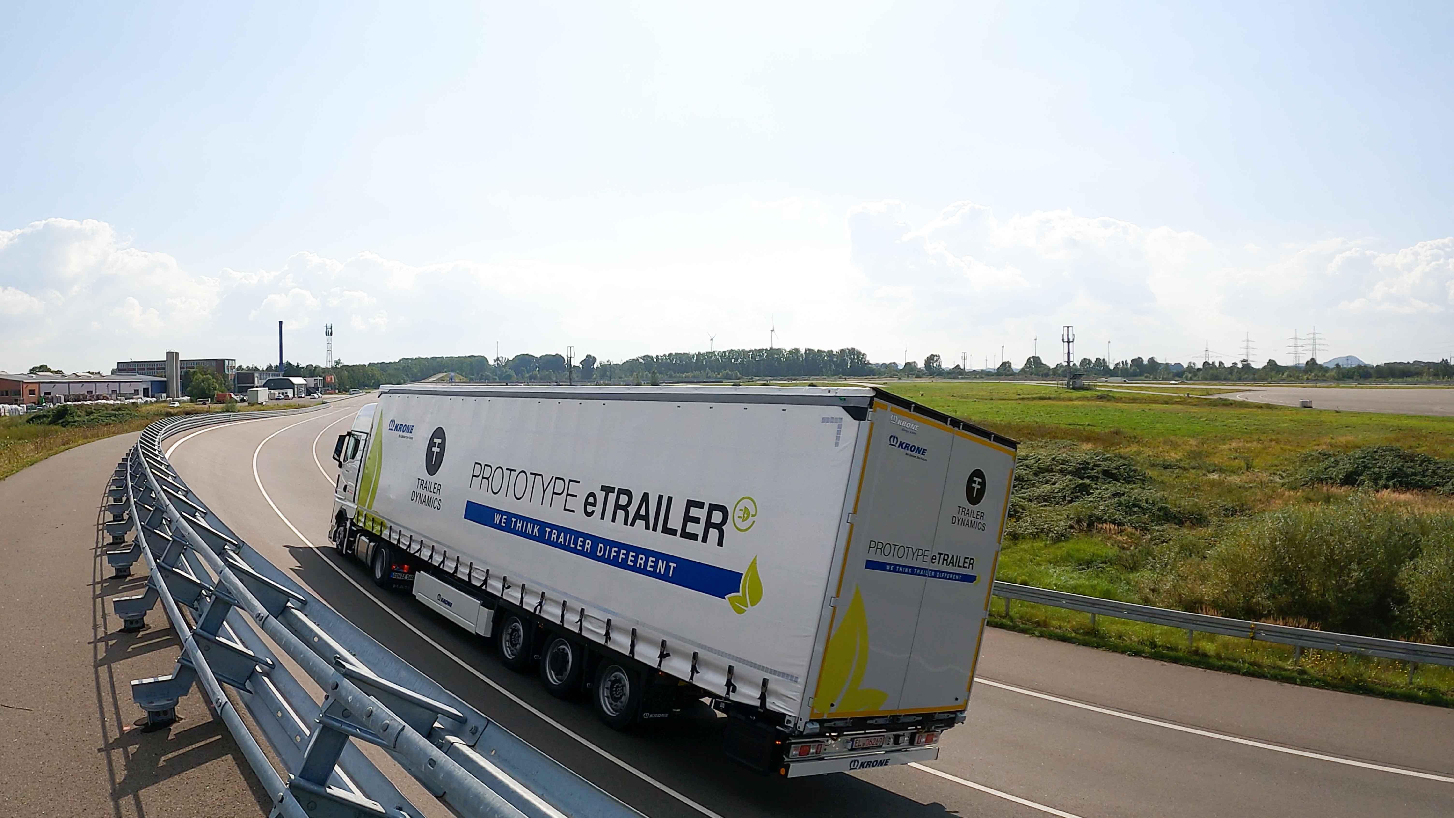Trailer Dynamics und Krone verkünden strategische Partnerschaft – Prototyp des eMega Liner vorgestellt