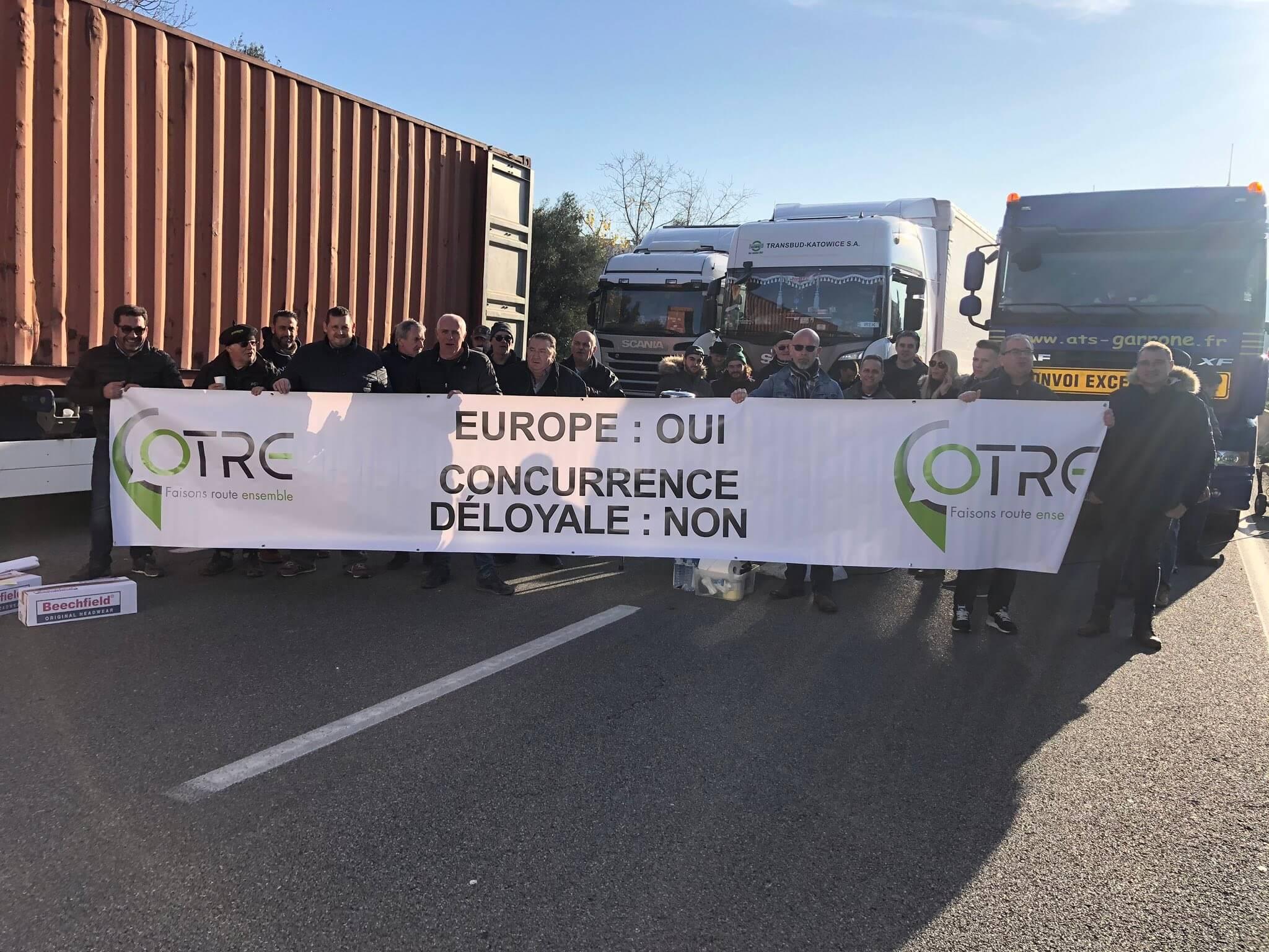 Masiniai vairuotojų streikai ES. Prancūzai ir italai jau paskelbė protestų datas