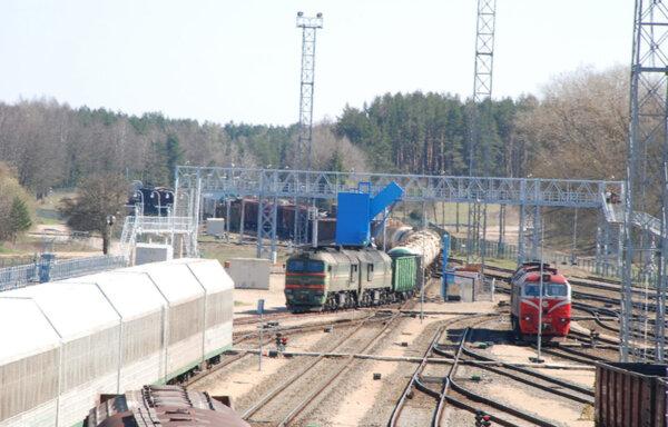 Sankcijos Baltarusijai verčia Lietuvą stabdyti milžinišką geležinkelio plėtros projektą