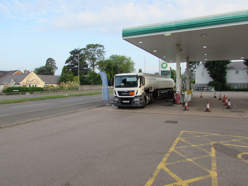 Fuel supply still an issue at some UK petrol stations