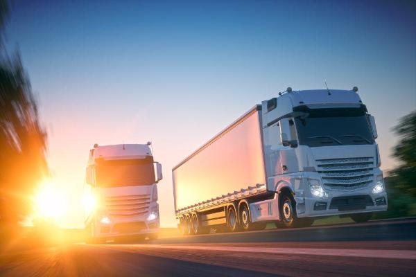 Transport ciężarowy i drogowy coraz bardziej zyskowny w Polsce i UE.